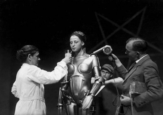 BEHIND THE SCENES OF METROPOLIS