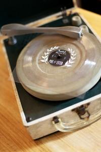 wedding invites vinyl flexi records